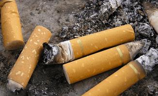 Ta bort cigarettrök med ozon